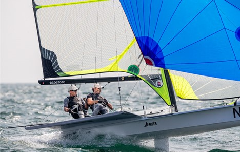 World's best sailors chase glory